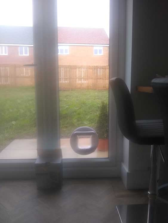 Cat Flap fitters Ashington Northumberland
