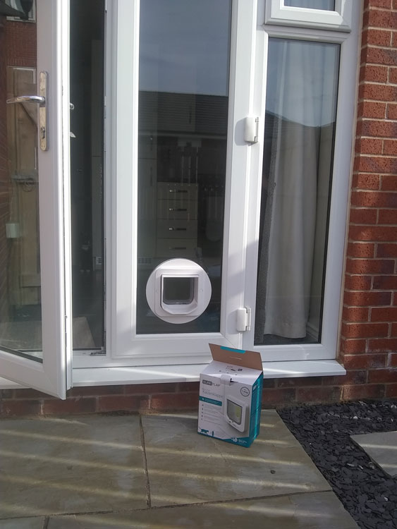 Cat flap fitters Gosforth and Newcastle