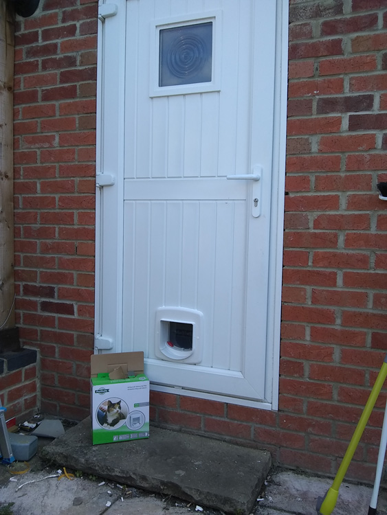 Cat flap fitters Sunderland, Tyne and Wear