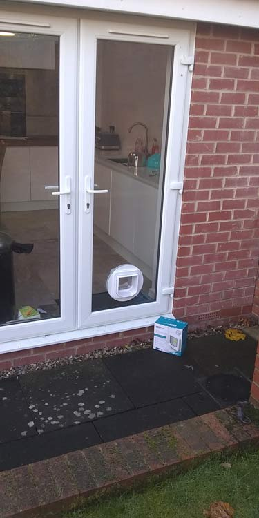 Cat flap fitters Whickham and Gateshead