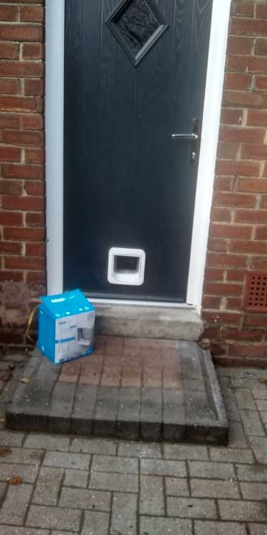 Cat and dog flap fitters Heworth and Gateshead