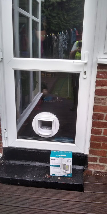 Cat and dog flap fitters Swalwell and Gateshead