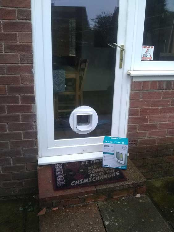 Cat flap fitters Stockton and Peterlee